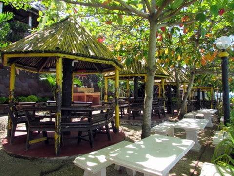 Koh Lanta Hotels - Golden Bay Cottages Resort