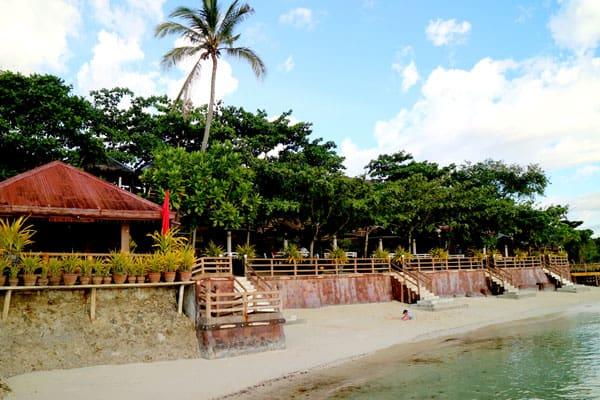 Golden Bay Cottages Resort - Piscina