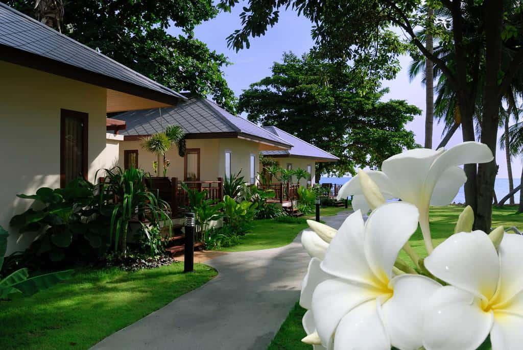 Promtsuk Buri Resort - GIardino